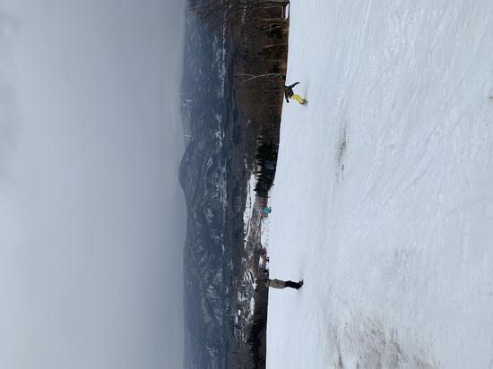 雪不足の中、初滑り 赤倉観光リゾートスキー場のクチコミ画像2