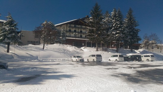1/4に行きました。まだ正月なのか普段は学生が多く目につきますが家族連れなども多かったですね。|斑尾高原スキー場のクチコミ画像