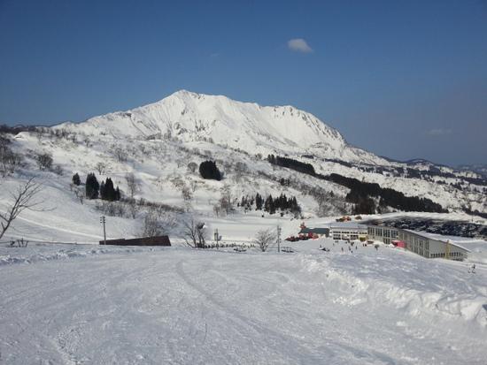 雪深い!! 別世界です。|シャルマン火打スキー場のクチコミ画像