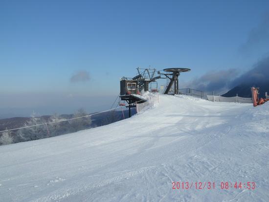 山頂からの急斜面が最高|しらかば2in1スキー場のクチコミ画像1