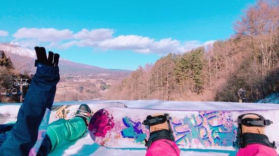 初めてのボードと綺麗な空|佐久スキーガーデン「パラダ」のクチコミ画像