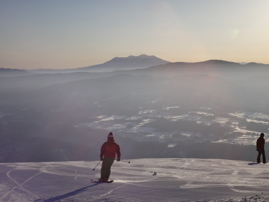 幻想的な空気に包まれる御嶽山|ダイナランドのクチコミ画像