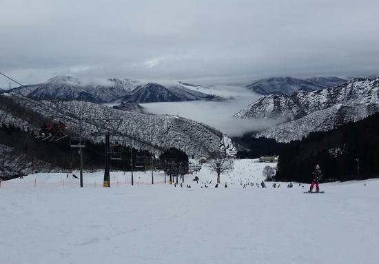 湯沢の町が雲海につつまて|神立スノーリゾート(旧 神立高原スキー場)のクチコミ画像