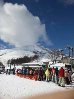 コブなしの30度越え急斜面 車山高原SKYPARKスキー場のクチコミ画像