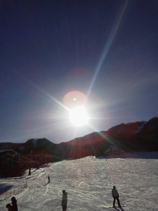 最高のお天気と雪質|水上宝台樹スキー場のクチコミ画像