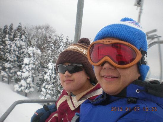 兄はスキーヤー、弟はボーダー|スキージャム勝山のクチコミ画像
