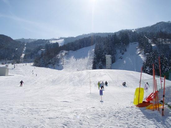 快晴の極楽坂スキー場|立山山麓スキー場のクチコミ画像