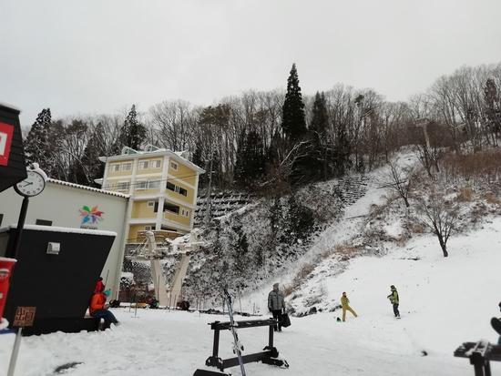 こんなに雪の少ない初滑りなんて!|白馬八方尾根スキー場のクチコミ画像