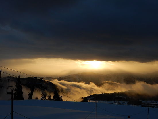 夕日に向かって|スキージャム勝山のクチコミ画像