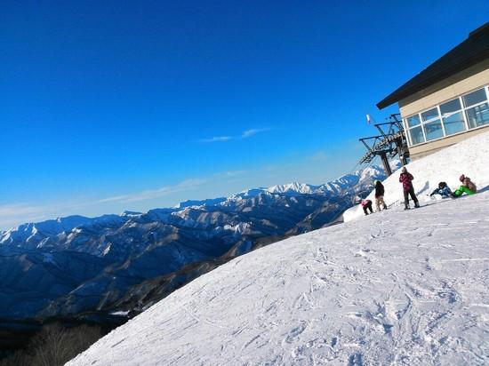 新雪たっぷり…そしてピーカン|水上宝台樹スキー場のクチコミ画像