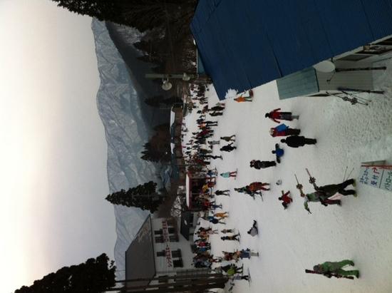 エスカレーターいらずのアルカンデ|グランスノー奥伊吹(旧名称 奥伊吹スキー場)のクチコミ画像