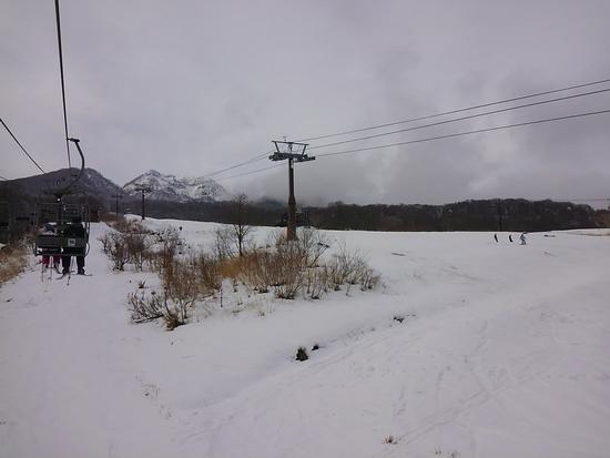 雪不足ですがそこそこ楽しめました|池の平温泉スキー場のクチコミ画像