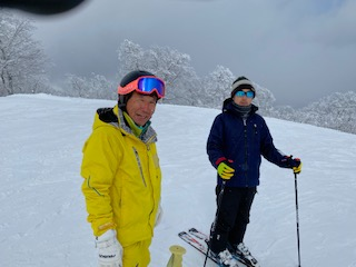 リタイヤ中年男3人のきままなスキー旅|夏油高原スキー場のクチコミ画像