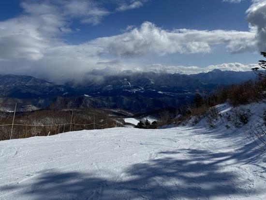 三連休最終日もガラガラ オグナほたかスキー場のクチコミ画像2