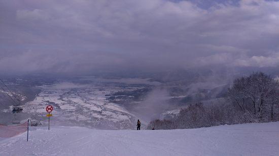 頂上以外雪少なかった(1/3金)|石打丸山スキー場のクチコミ画像