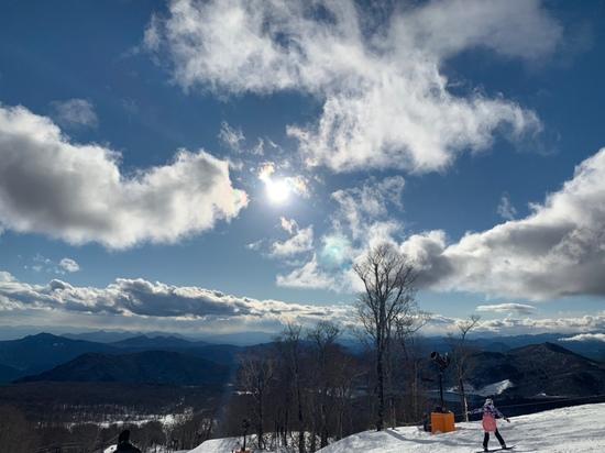 綿飴のような雲と空|たんばらスキーパークのクチコミ画像