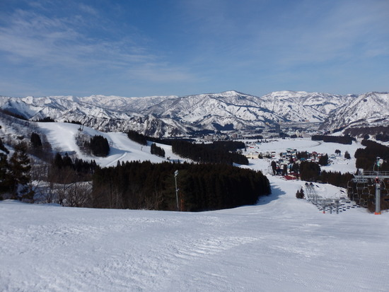晴れると意外に景色が良いスキー場