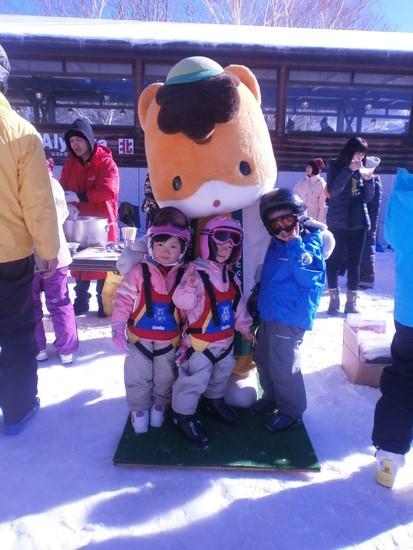 オープン時にぐんまちゃん登場|万座温泉スキー場のクチコミ画像