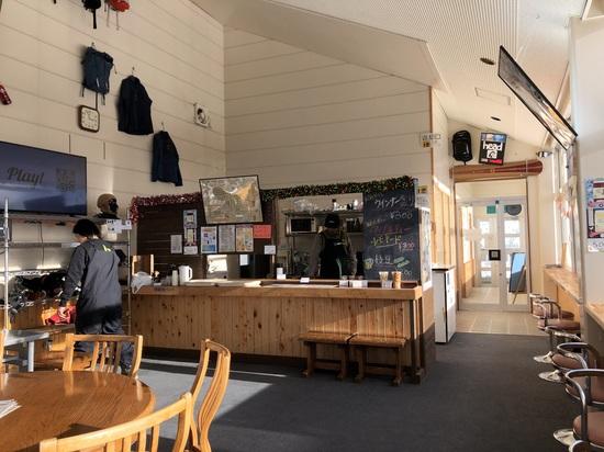 山頂に素晴らしいカフェがあるスキー場|水上宝台樹スキー場のクチコミ画像3