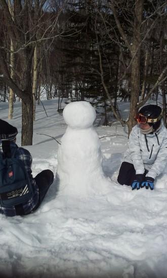 まだまだお子様で・・・雪だるま作りました。|KIRORO SNOW WORLDのクチコミ画像