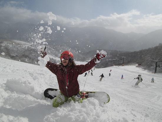 初滑りでパウダー|白馬コルチナスキー場のクチコミ画像