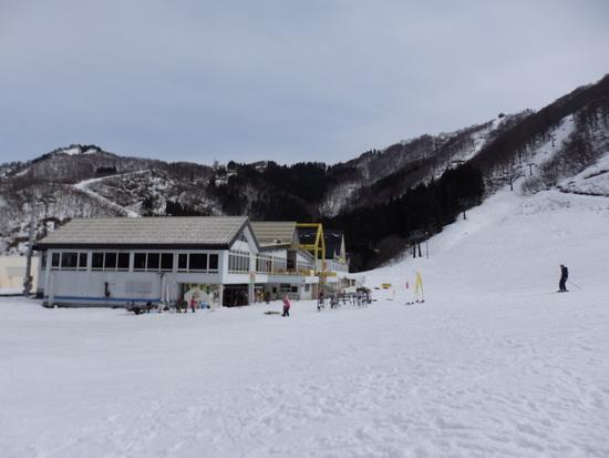 平日なのに人出が多かったです|神立スノーリゾート(旧 神立高原スキー場)のクチコミ画像