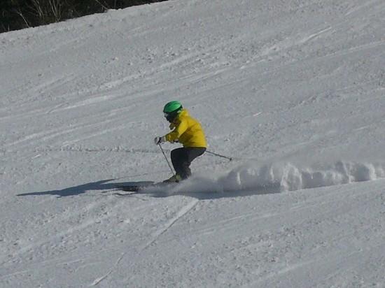 舞い上がる雪煙|信州松本 野麦峠スキー場のクチコミ画像