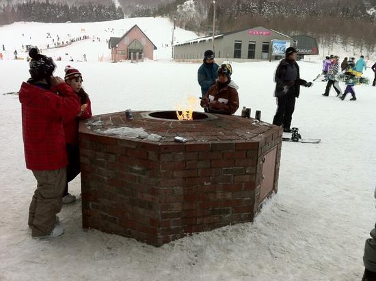 暖炉で休憩中|星野リゾート アルツ磐梯のクチコミ画像