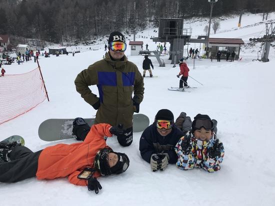 パパと子供達で人文字!|丸沼高原スキー場のクチコミ画像