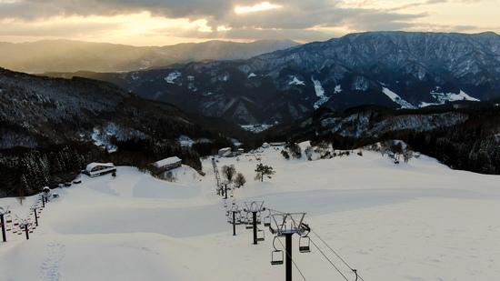 ゲレンデから見る朝日|おじろスキー場のクチコミ画像
