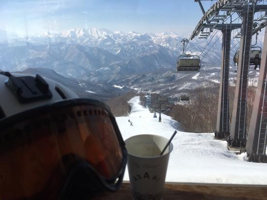 山頂のコーヒーショップから|水上宝台樹スキー場のクチコミ画像